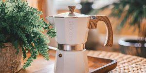 Wooden handle traditional coffee maker
