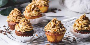 caramel-mocha-sea-salt-cupcakes-dessert-recipe