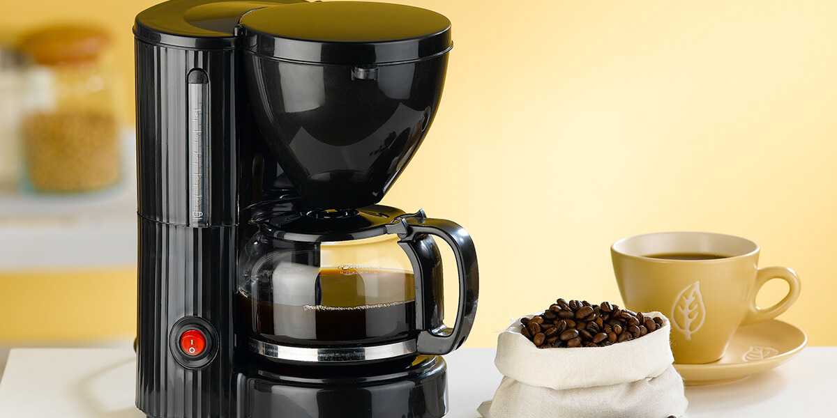 easily-clean-a-coffee-maker-without-vinegar