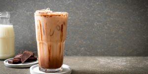 hazelnut-iced-coffee-with-syrup-recipe