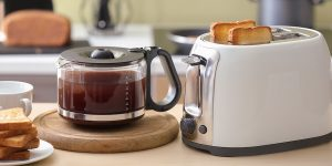 how-to-clean-your-coffee-carafe