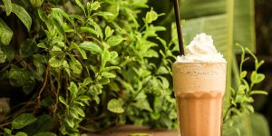 vanilla-bean-frappuccino-starbucks-copycat-recipe
