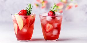 very-berry-hibiscus-lemonade-refresher-recipe