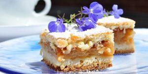 Easy Sour Cream Coffee Cake Recipe